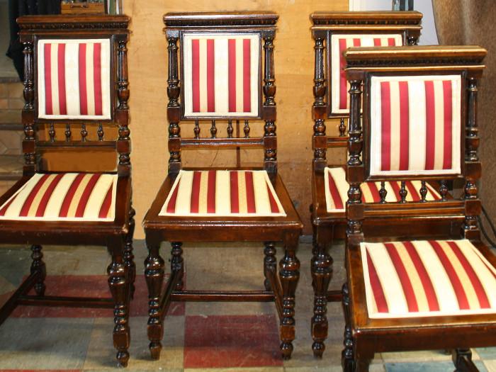 Stuhl mit federn neu beziehen